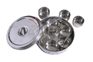 Dynamic Store Ring Shaped Spice Box With Plastic Middle Partition Plate And Clip To Hold The Lid To Open - Large - Ds_42