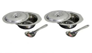 Set Of 2 Serving Bowls With Lids & Serving Spoons