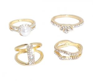 Fashblush Alloy Cubic Zirconia Yellow Gold Ring Set(product Code - Fb22052)