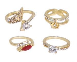 Fashblush Alloy Cubic Zirconia Yellow Gold Ring Set(product Code - Fb22053)