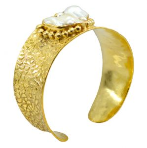 Riyo Gemstone 18kt Gold Plated Pre Formed Bangle W 1in (product Code - Gpbmul -52029)