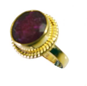 Riyo Indi Ruby Base Matel Y Gold Cocktail Ring Sz 7 Gpriru7-34069