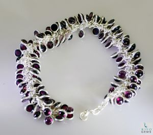 Riyo Garnet Childrens Jewelry Silver Love Bracelet Length 7.5 Inches - Product Code - (sbragar-26037)