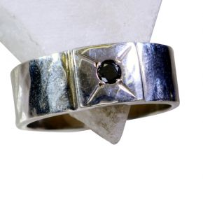 Riyo Black Onyx Fair Trade Silver Jewellery Silver Mothers Ring Sz 8 Srbon8-6011