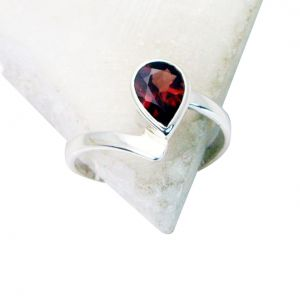 Riyo Garnet Silver Jewellery Purity Ring Jewelry Sz 7.5 Srgar7.5-26134