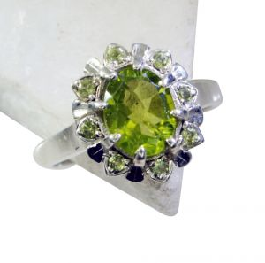 Riyo Peridot Silver Jewelry India Signet Ring Jewelry Sz 7 Srper7-58032