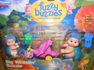 Fuzzy Buzzies Big Wheelin Buzzie By Playmates Retired 1999