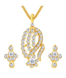 Shostopper Classy Gold Plated Australian Diamond Pendant Set