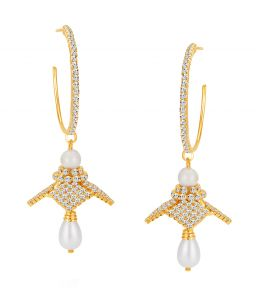 Shostopper Trendy Gold Plated Australian Diamond Earring