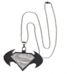 Men Style 2016 Hot Selling Batman And Superman Inspired Spn08017 Black And White Stainless Steel Pendant For Men And Boys (product Code - Spn08017)