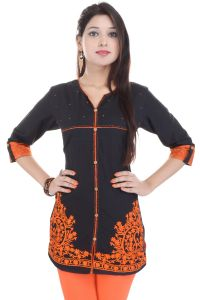 Mystique India Black 3/4 Sleeve V-neck Cotton Short Kurti For Women