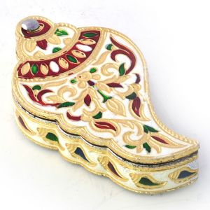 Wooden Handicrafts - Fancy Shankh Shape Golden Meenakari Dryfruit Box 419