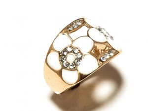 Sanaa Creations Gold Plated Ring With White Color Flower Enameling Cz In Center-(product Code-1rn164)