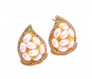 Sanaa Creations Pearl Studded Gold Plated Designer Earring-(product Code-1ern07)