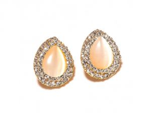 Sanaa Creations White Gemstone Cz Studeed Pears Shape Gold Plated Earring-(product Code-1ern88)