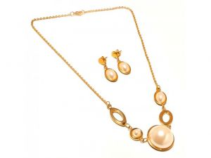 Sanaa Creations Pearl Round Shape Earring & Pendant Link Chain Gold Plated Set-(product Code-1nk31)