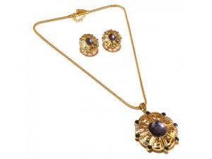 Sanaa Creations Big Round Pendant With Cz And Gemstone Around It Along With Gold Plate-(product Code-1nk68)