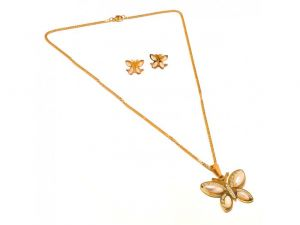 Sanaa Creations Pearl Butterfly Shape Pendant,earring, With Gold Plated Chain Set-(product Code-1nk85)