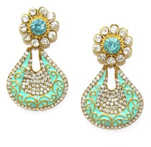 La Trendz Golden Alloy Hanging Earrings(lt1086)
