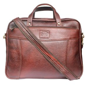 Tamanna 15 Inch Laptop Messenger Bag (brown)
