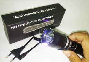 Ladies Self Defense Stun Gun With Torch Flashlight