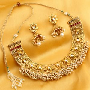 Kiara,Sukkhi,Arpera,V Women's Clothing - Sukkhi Alluring Reversible Floral Dessign Gold Plated Necklace Set For Women - (Code - N71908GLDPGA092017)