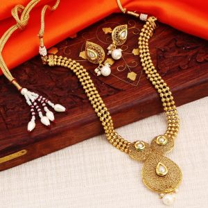 Asmi,Sukkhi,Sangini,Parineeta Women's Clothing - Sukkhi Brilliant Gold Plated White Pearl Necklace Set For Women - (Code - N72502GLDPI022018)