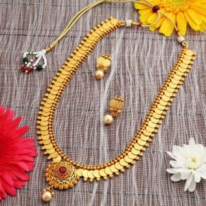 Kiara,Sukkhi,Ivy,Parineeta,Platinum,Sleeping Story,Diya Women's Clothing - Sukkhi Dazzling Gold Plated Temple Coin Necklace Set For Women - (Code - N72469GLDPAP022018)