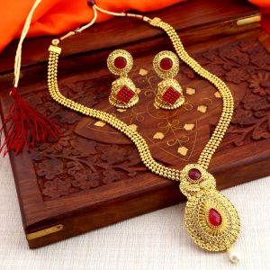 Asmi,Sukkhi,Sangini Women's Clothing - Sukkhi Graceful Gold Plated Traditional Necklace Set For Women - (Code - N71796GLDPAP850)