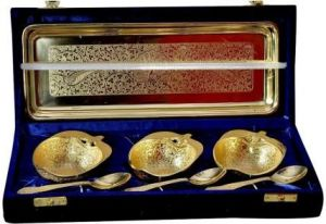 Brass Handicrafts - ININDIA Apple Designed Gold Plated Tray And Bowl Set