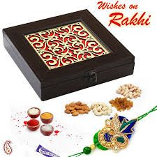 Rakhi Online -zardosi Rakhi With Beautiful Wooden Dry Fruit Box
