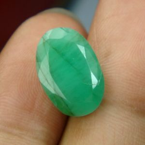 5.61 Cts Emerald Panna Stone For Rashi