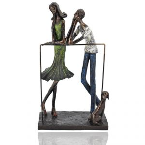 Polyresin Couple With Dog Home Decoration Show Piece