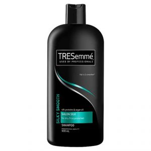 TRESemme Silk Proteins & Argon Oil Salon Silk Shampoo For Dry, Frizz Prone Hair - 900ml
