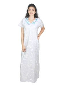 Sleeping Story White Floral Printed Cotton Nighty For Women(code-5012-a)