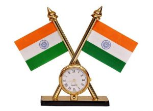 Indigo Creatives Table Top Clock With Two Inbuilt Official Style Crossed Pair Of Indian Flags