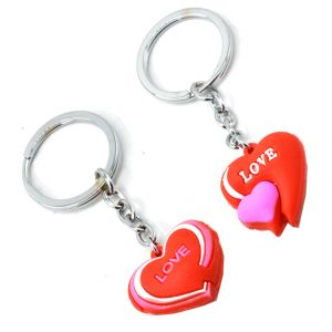 Faynci Love Couple With Twin Heart Key Chain Gifting