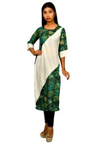 Sameeya Womens Green And White Straight Kurti (code- K113)
