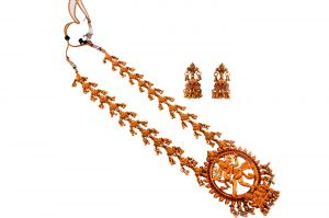 Piah Fashion Admirable Natraj Long Dangling Gugri Artificial Necklace Set For Women
