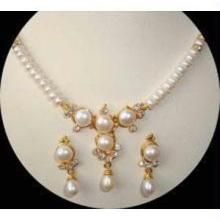 Sober Fresh Water Pearl Set
