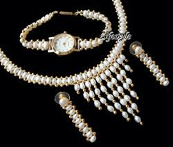 Versatile Fresh Water Pearl Set With Watch