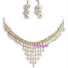 Jewellery Pearl Set With Cz Pendant