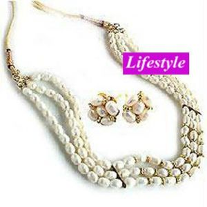 Exclusive Fresh Water Pearl Set .....ls38