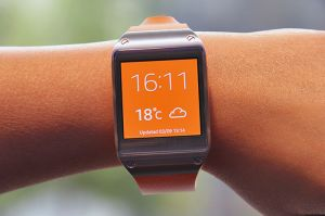Single sim smart phones (Misc) - Samsung Galaxy Gear watch - orange