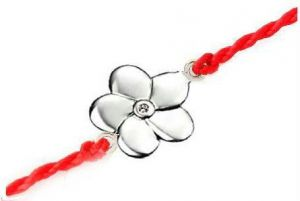 soie,port,ag,cloe,kiara Silvery Jewellery - Ag Real Diamond Beautiful Flower Shape AGRAK007
