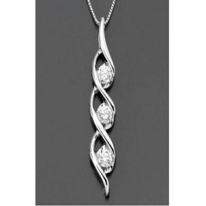 Ag Real Diamond Whirl Pool Shape Pendant