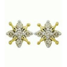 Avsar Real Gold And Diamond Squaremultiply Earring