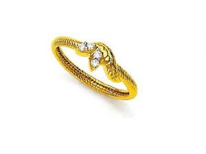 Avsar Real Gold And Diamond Leaf Enchanting Ring