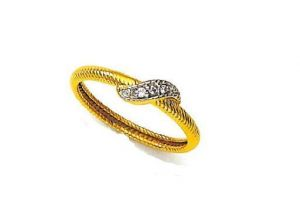 Avsar Real Gold And Diamond Simple Curve Ring
