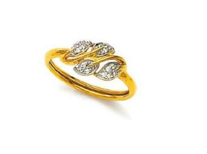 Avsar Real Gold And Diamond Leaves Shape Ring